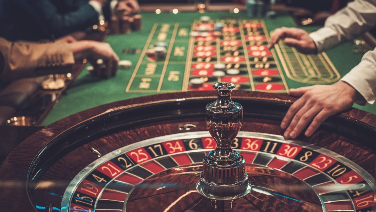Reliable Techniques To Obtain Added Out Of Casino Poker